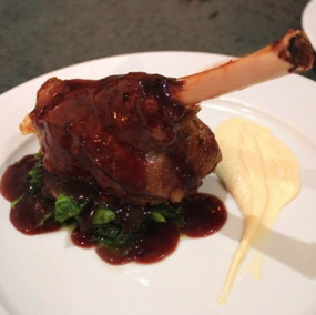 Braised lamb shanks with cauliflower purée